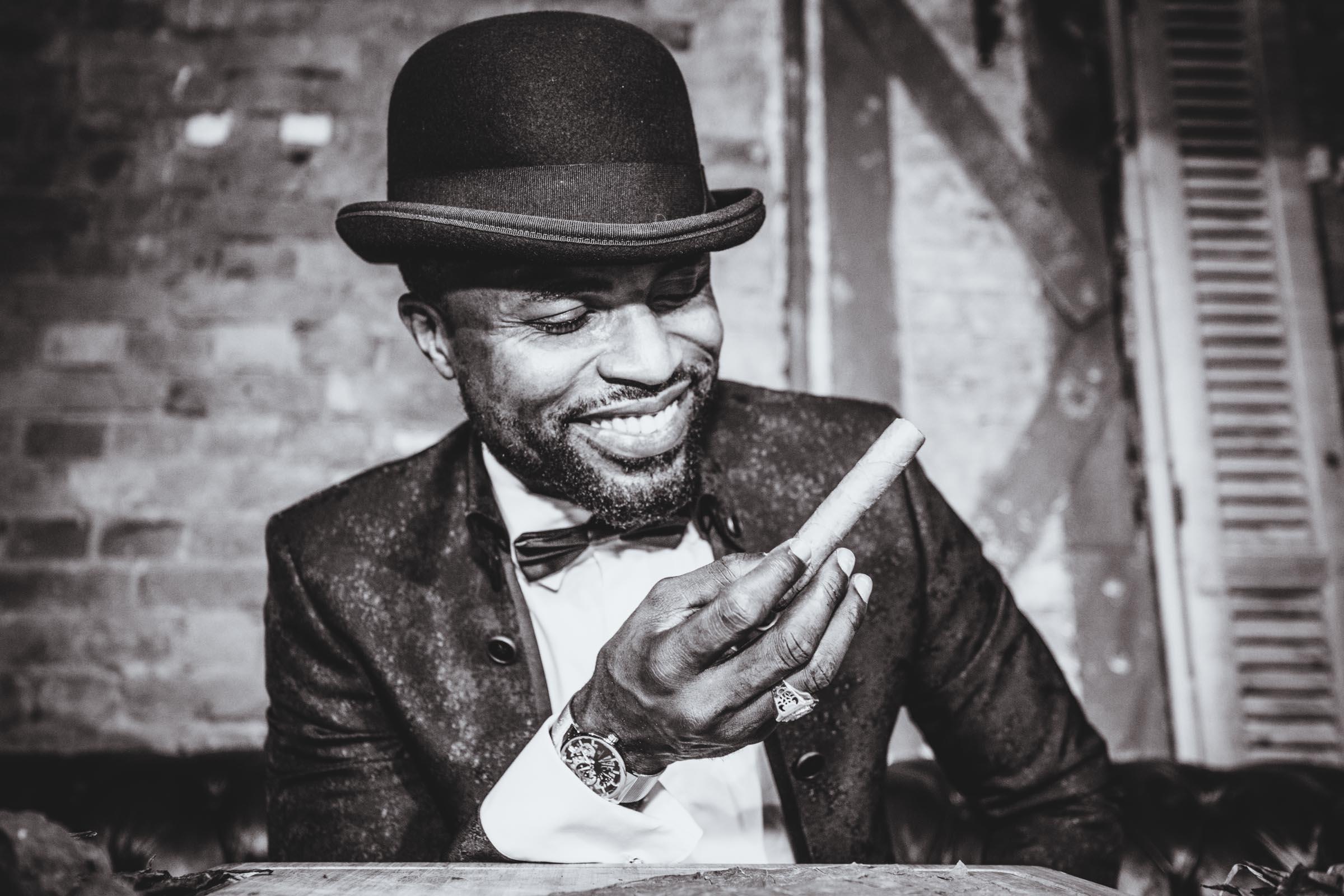 Zigarrenroller - Zigarrendreher | Tabakmanufaktur | Event | Gala | Business |Buchen | Mieten | Anfragen