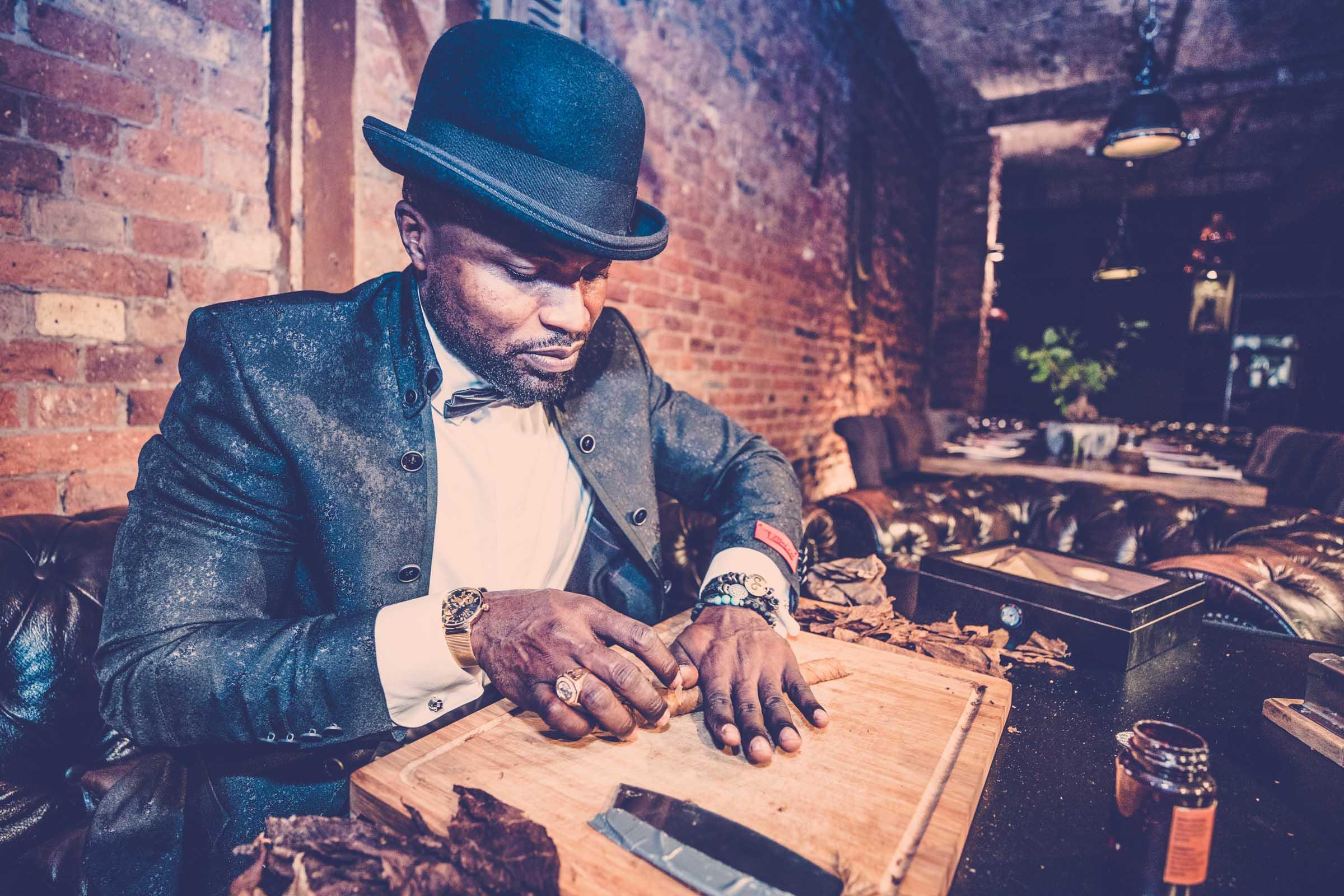 Zigarrenroller | Zigarrendreher | Buchen | Mieten | Anfragen