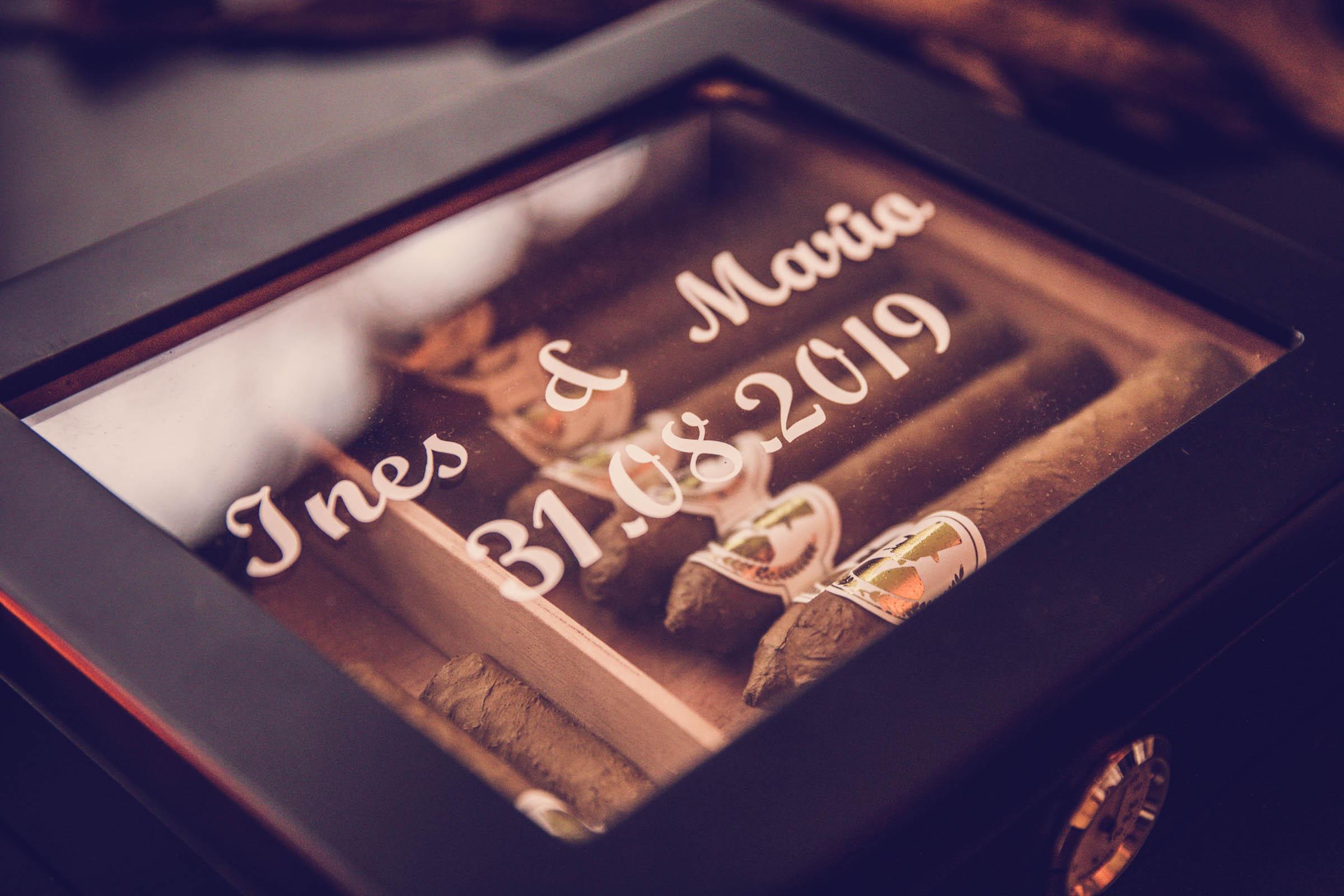 Zigarrenroller |Zigarrendreher | Zigarrenbox |Persönlich |Individuell |Angefertigt |Hochzeit | Messe |Event |Kaufen | Anfragen